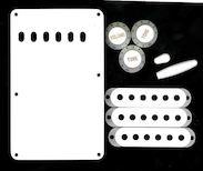 Набор аксессуаров для электрогитары STRATOCASTER